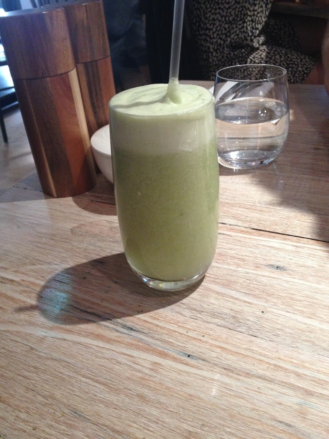 housemade spirulina, pineapple, pear & mint juice, the grain store