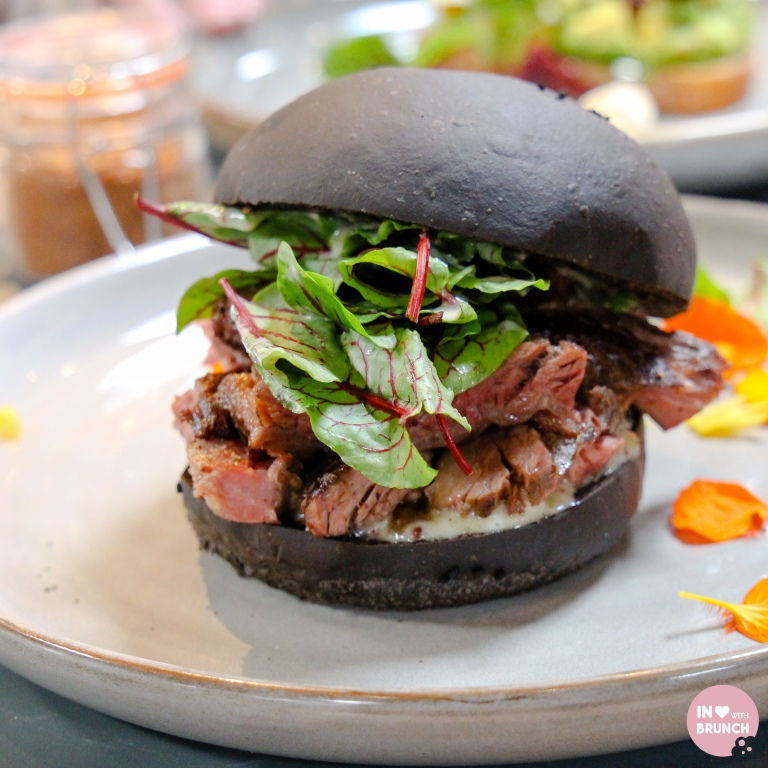 Broadsheet Restaurant Collingwood Kettle Black Burger (1 of 1)