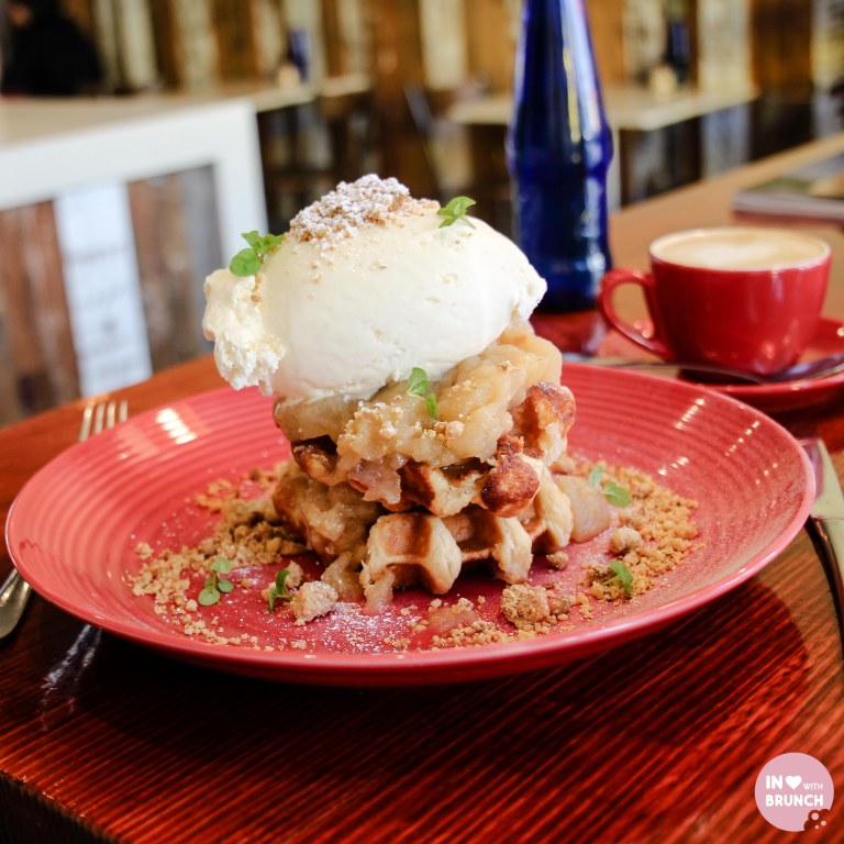 Two Kings Bentleigh Apple Crumble Waffles 2 (1 of 1)